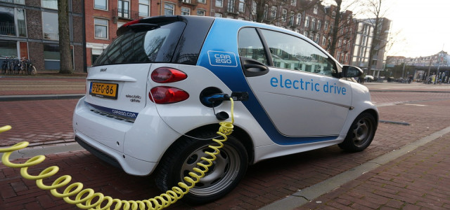 Ashok Leyland plans USD 200 million investment in electric vehicles
