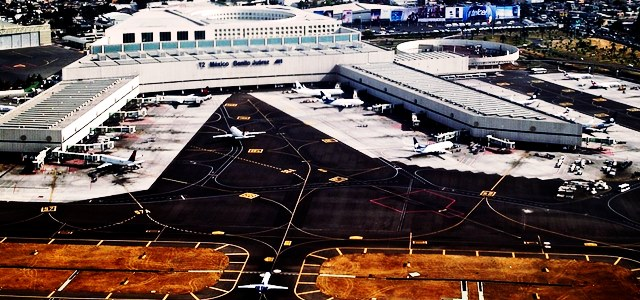 Mexico halts construction of the $13.3B Mexico City Airport project